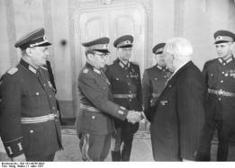 Empfang von NVA-Offizieren durch Wilhelm Pieck